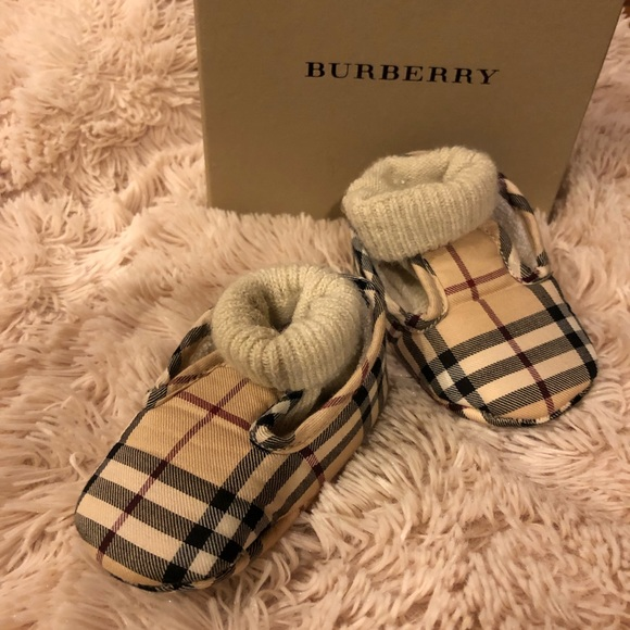 Burberry Shoes   Burberry Baby Booties